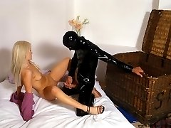 Sex in latex