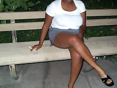 Lovebird has large natural black breasts that she loves to expose when she is outdoors at night