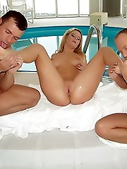 Violet gives her man a simultaneous foot job in this exciting threesome session