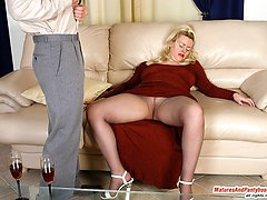 Raunchy mom getting her nipples and pussy licked before pantyhose fucking