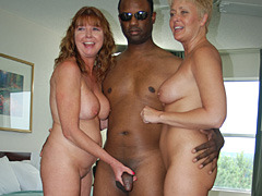 Swingers party spin the bottle sex games 9