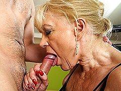 Horny mature slut fucking and sucking