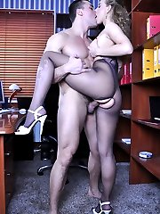Sexy secretary in sheer-to-waist tights under her jeans boned in the office