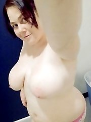 Horny plumper displaying her naked body