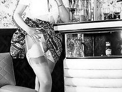 Vintage blonde shows up skirt views of panties, harry pussy and stockings!