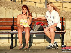 Babe wit naked upskirt spied outdoor