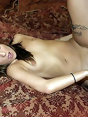 Naughty amateur Autumn Skyes gives her man a memorable blowjob and got her wet pussy banged