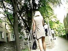 Short short skirt caught on the stop