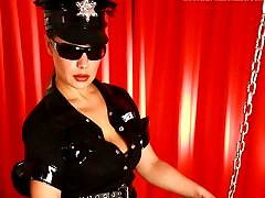 Merciless police babe slams her humongous strap-on rubber club all the way up suspects chocolate...