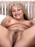 Mature Milf Moms