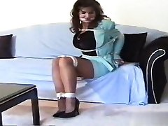 Glamour pussy blowjob tutorial