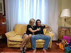 Dina Pearl Anal at Home