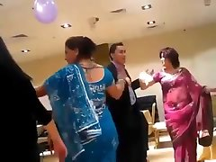 sexy nepali aunty dancing in party