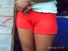 SDRUWS2 - fat cameltoe catched by hidden cam
