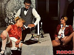 Retro ladies spoiling cock