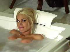 secretary gets fucked in the office