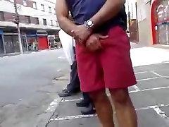 str8 men working his bulge public