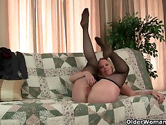 Why is it that milfs love wearing pantyhose?