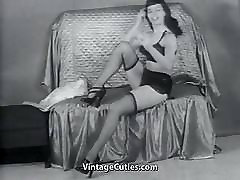 Remarkable Lady Showing Her Beauty 1950s Vintage