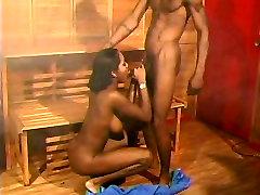 Young Ebony Ki-Wi