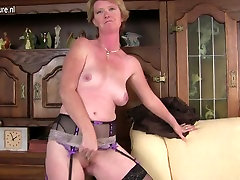 Naughty British mature mom playing with her wet pussy