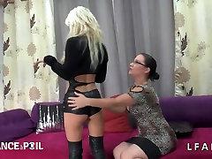 Casting amateur mature blonde bien defoncee