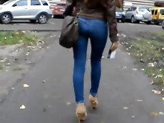 candid heels ass beautiful figure in jeans