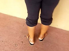 Ebony milf at Publix ATM