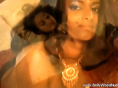 Loving Indian MILF Dance Queen