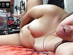 Young chubby cam slut
