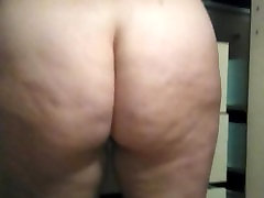Big ass mature wife