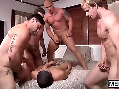 Tino walks his ass inside the house searching for a big dick