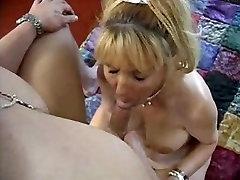 Saggy milf goes anal