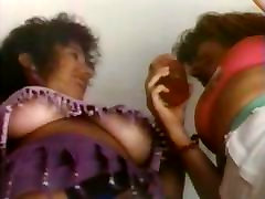 Dream trap 1990 - upskirt & uptop scene