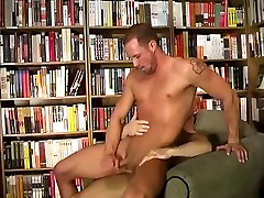 Hunks Fuck in Library