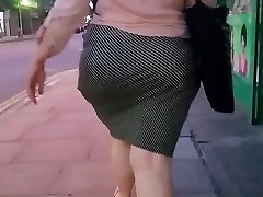 Wide Hips White BBW Milf