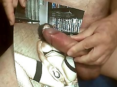 Tribute for MORPHEO15 - cumshot on her hairy cunt