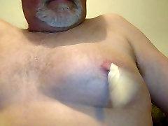 nipple pain