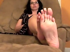 Mature feet soles & Gorgeous Soles and Pretty Toes