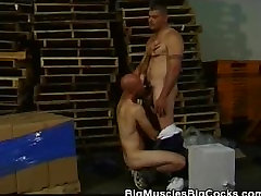 Warehouse Blowjobs With These Muscled Hunks