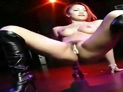 Hot Girl Asian Naked Dancing.