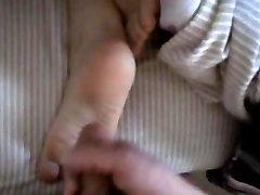 Cum on Feet Wife