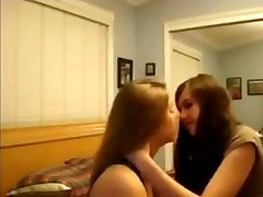 Girls Kissing Girls - Part 1 of 7 - Teen Lesbians on WebcamNakedgirls.co