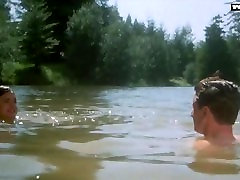 Elizabeth McGovern - Naked Swimming, Outdoor Public Sex Scene
