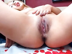 Asian Wet Pussy Exposed on cam