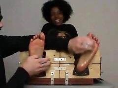 ebony crazy feet tickled