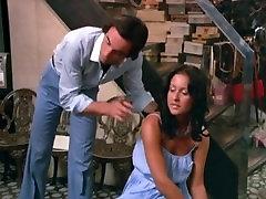 Alpha France - French porn - Full Movie - Secretaires Sans Culotte 1979
