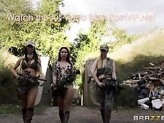 Brazzers - Cock Of Duty: A XXX Parody