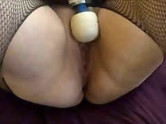 horny milf squirts at freetaboocams.com