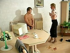 Hot amateur mature acting on cam. Sexy mature mom i met via DATES25.COM